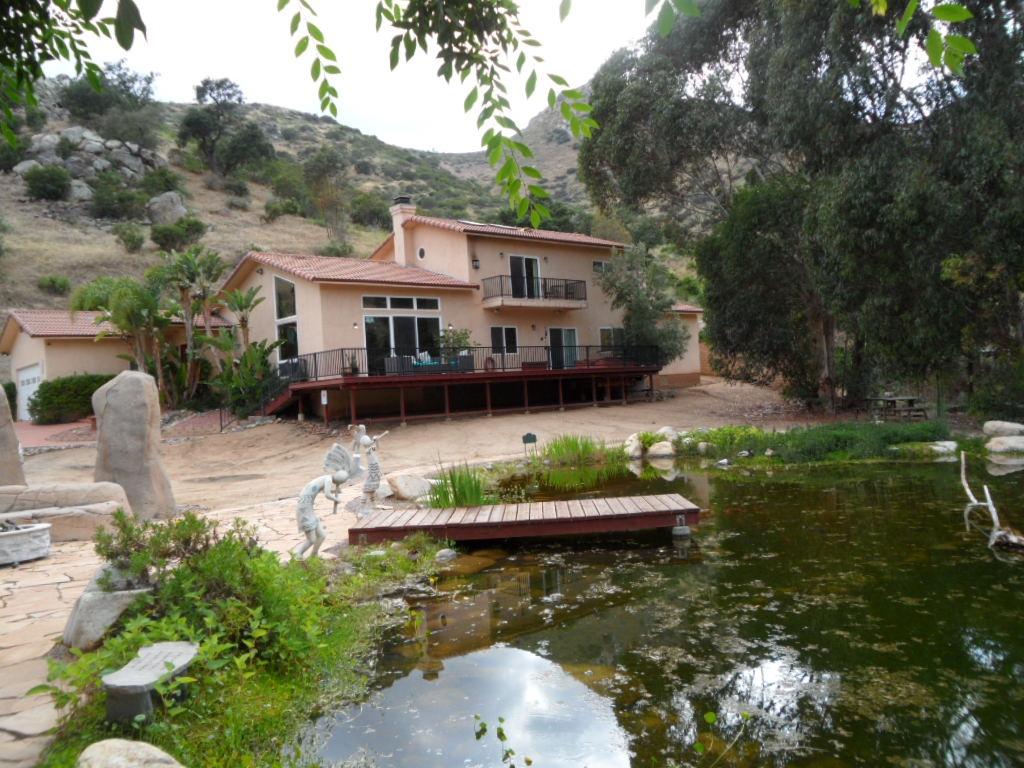 15422 El Monte Rd, Lakeside, CA 92040