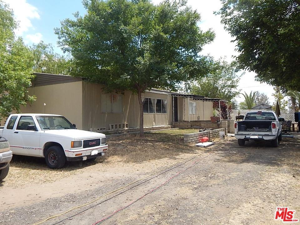 2880 S.FAIRFAX RD, Bakersfield, CA 93307