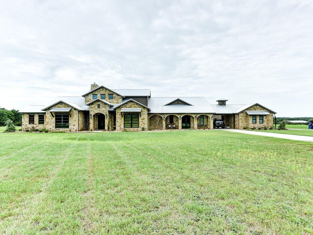 235 Valley Lane, Weatherford, TX 76085