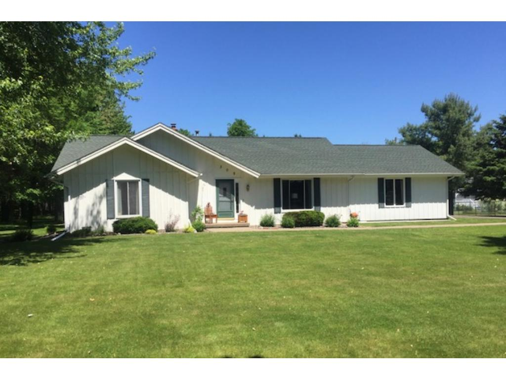 309 W North, Ladysmith, WI 54848