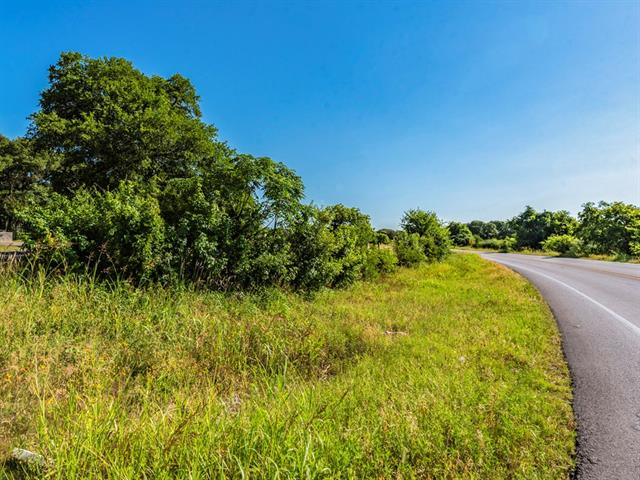 Great opportunity in South Austin's ETJ.  Located with great visibility from FM 1626, this property is located in the path of spawling Austin and Buda growth.  Located in between I-35 and the planned S45 Extension, be the pioneer to the area.  Contact for additional details and questions.