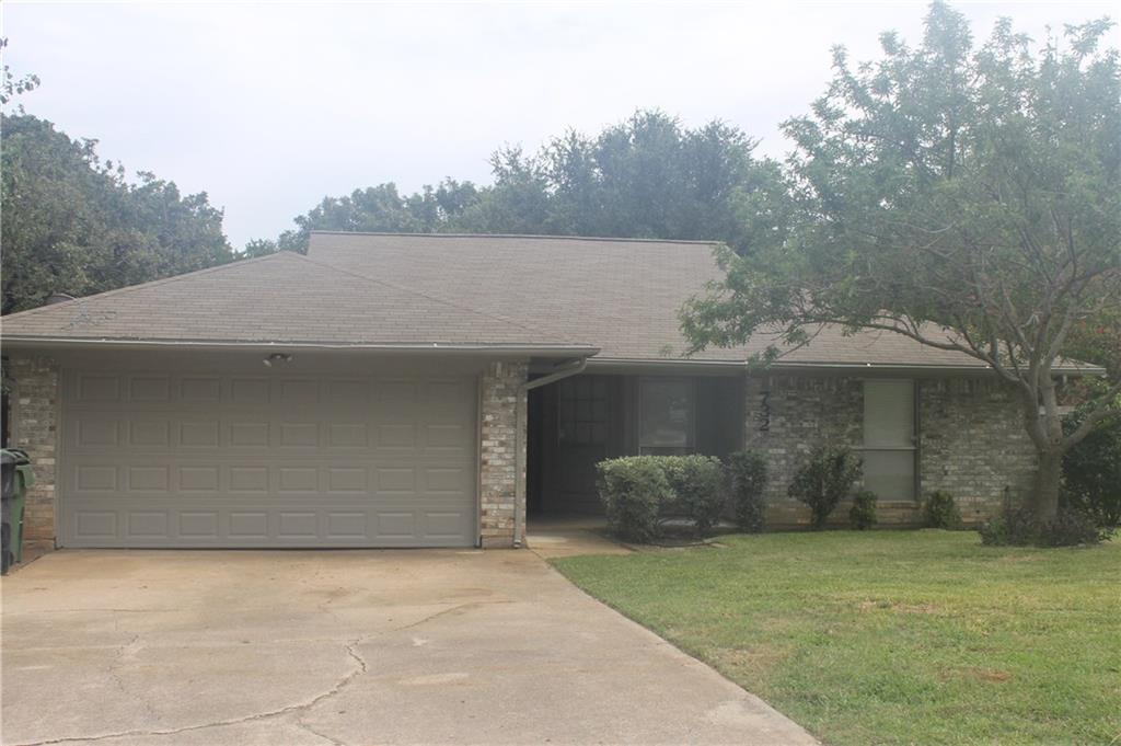 732 Somerset Court, Mansfield, TX 76063