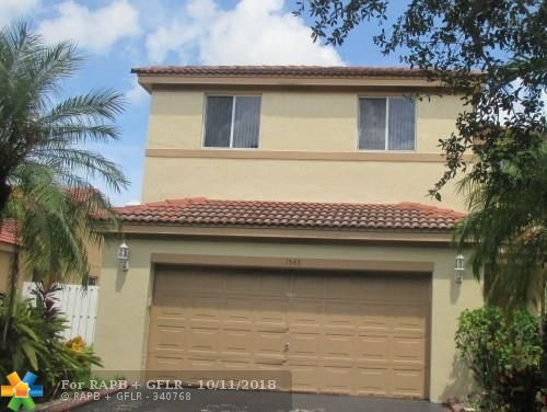 Don't miss this great opportunity to own this 4br/2.5ba home located in the San Sabastian Community. No Age Restriction! Close to Shopping, schools, major roads and public transportation. Property sold As-Is. See attachments for PAS requirements and WFHM offer submittal information in MLS document sections.