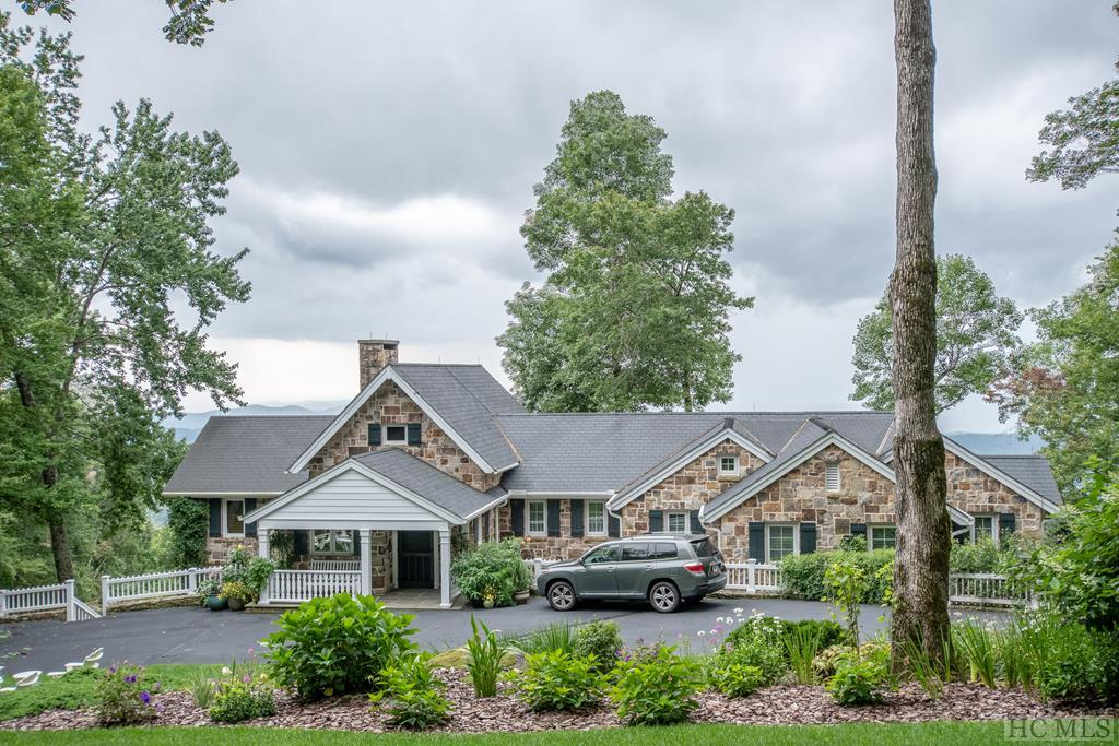 4 Brushy Face Road, Highlands, NC 28741