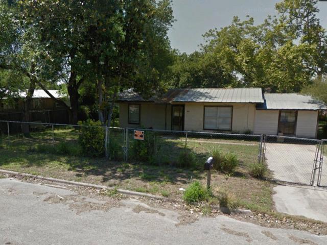 904 SAN ANTONIO ST, Pleasanton, TX 78064