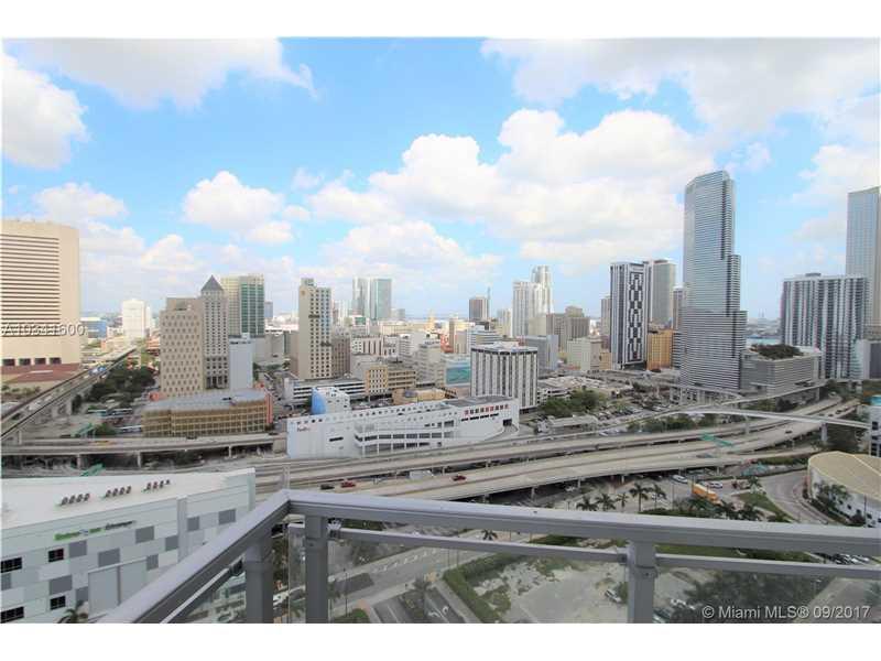 90 SW 3rd St 2405, Miami, FL 33130