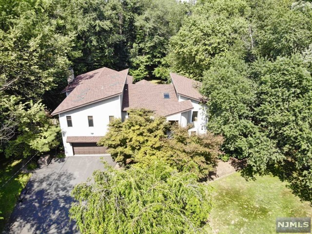 65 Cedar Lane, Closter, NJ 07624