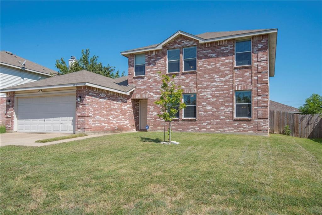 2036 W Grove Lane, Grand Prairie, TX 75052