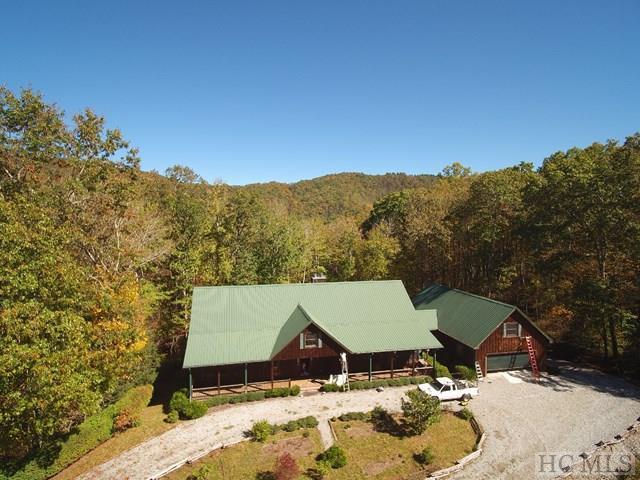 70 Lightning Bug Trail, Glenville, NC 28744