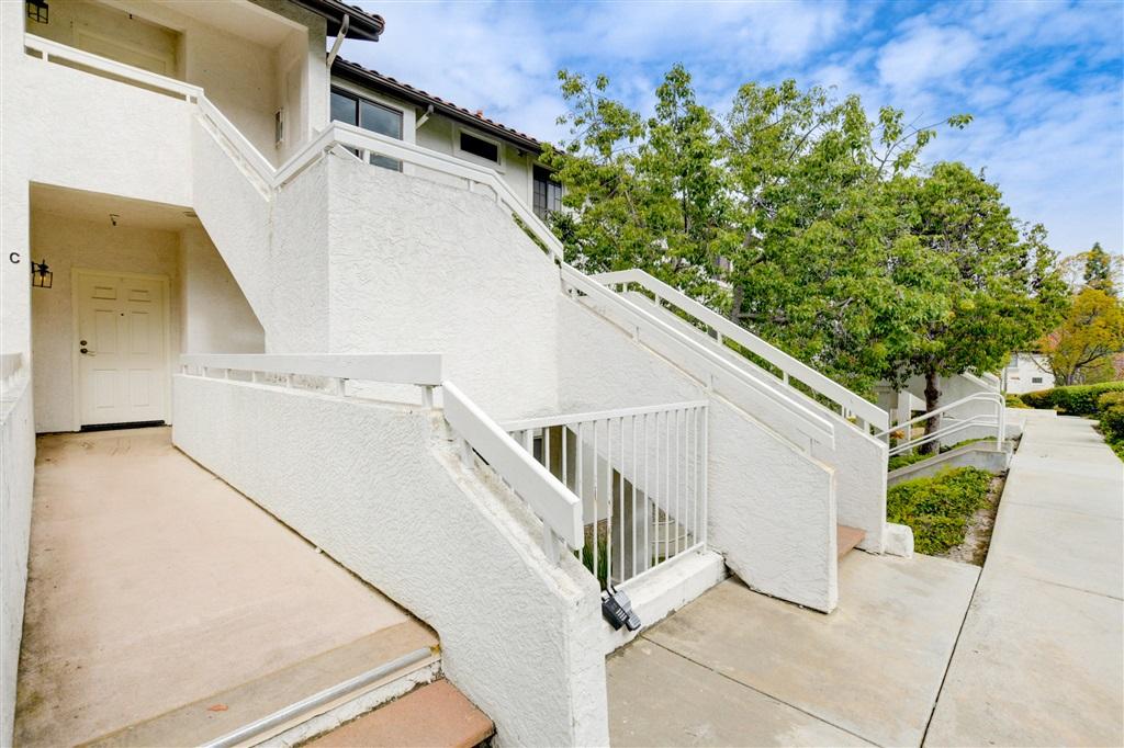 16470 Avenida Venusto C, San Diego, CA 92128
