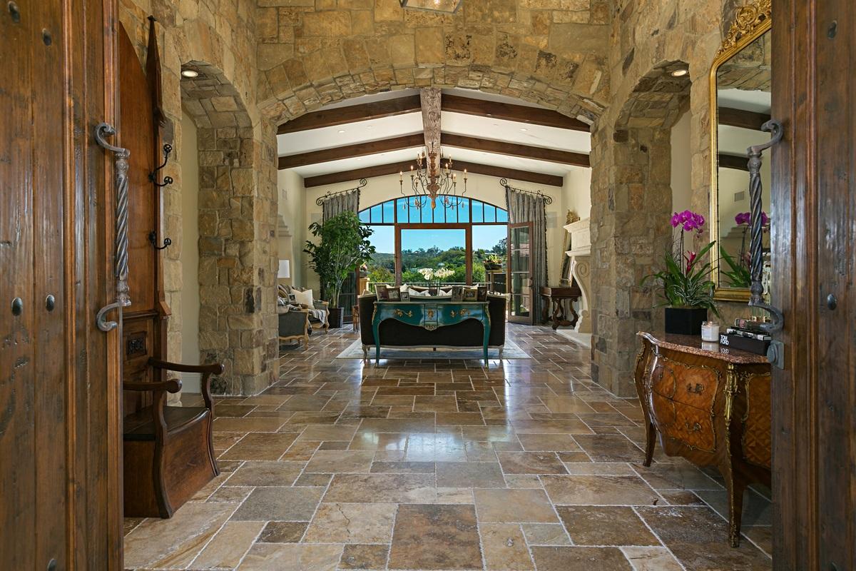 16627 Los Morros, Rancho Santa Fe, CA 92067