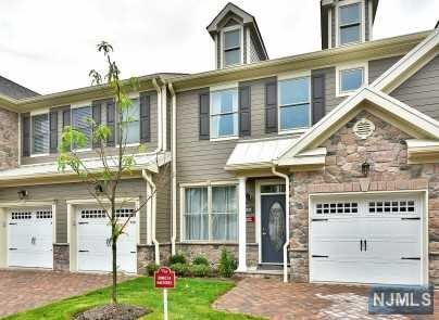 1405 Whitney Lane, Allendale, NJ 07401