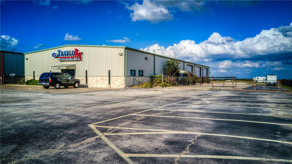 8200 N Interstate 45, Palmer, TX 75152