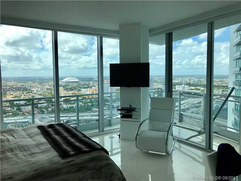 92 SW 3 St 3710, Miami, FL 33130