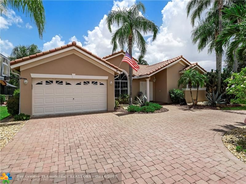 Coral Springs Real Estate 5333 N Springs Way Fl 33076 459000