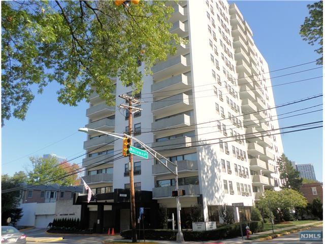 1600 Center Avenue 1 G, Fort Lee, NJ 07024