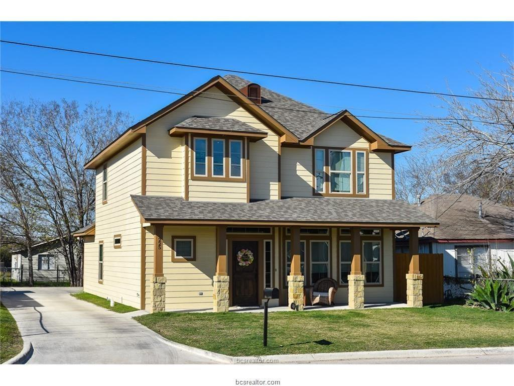 225 Sterling Street, College Station, TX 77840