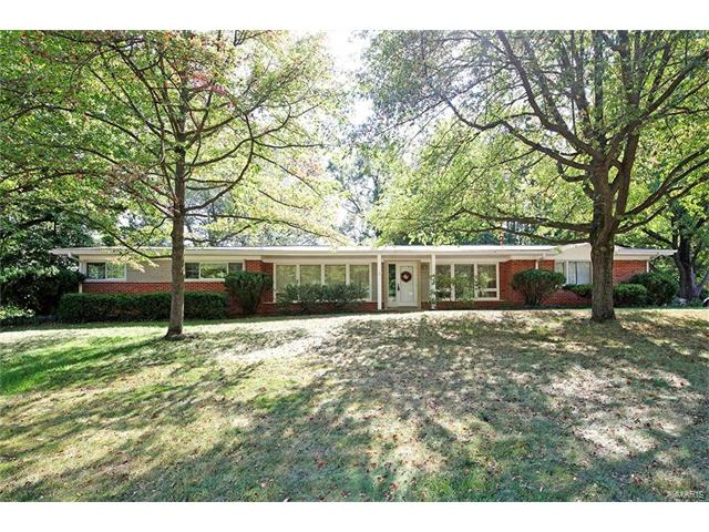 7 Haven View Drive, Creve Coeur, MO 63141