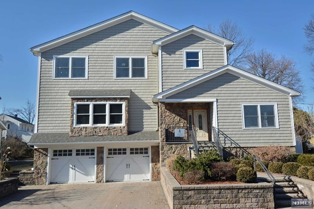 18 Melrose Avenue, Bergenfield, NJ 07621