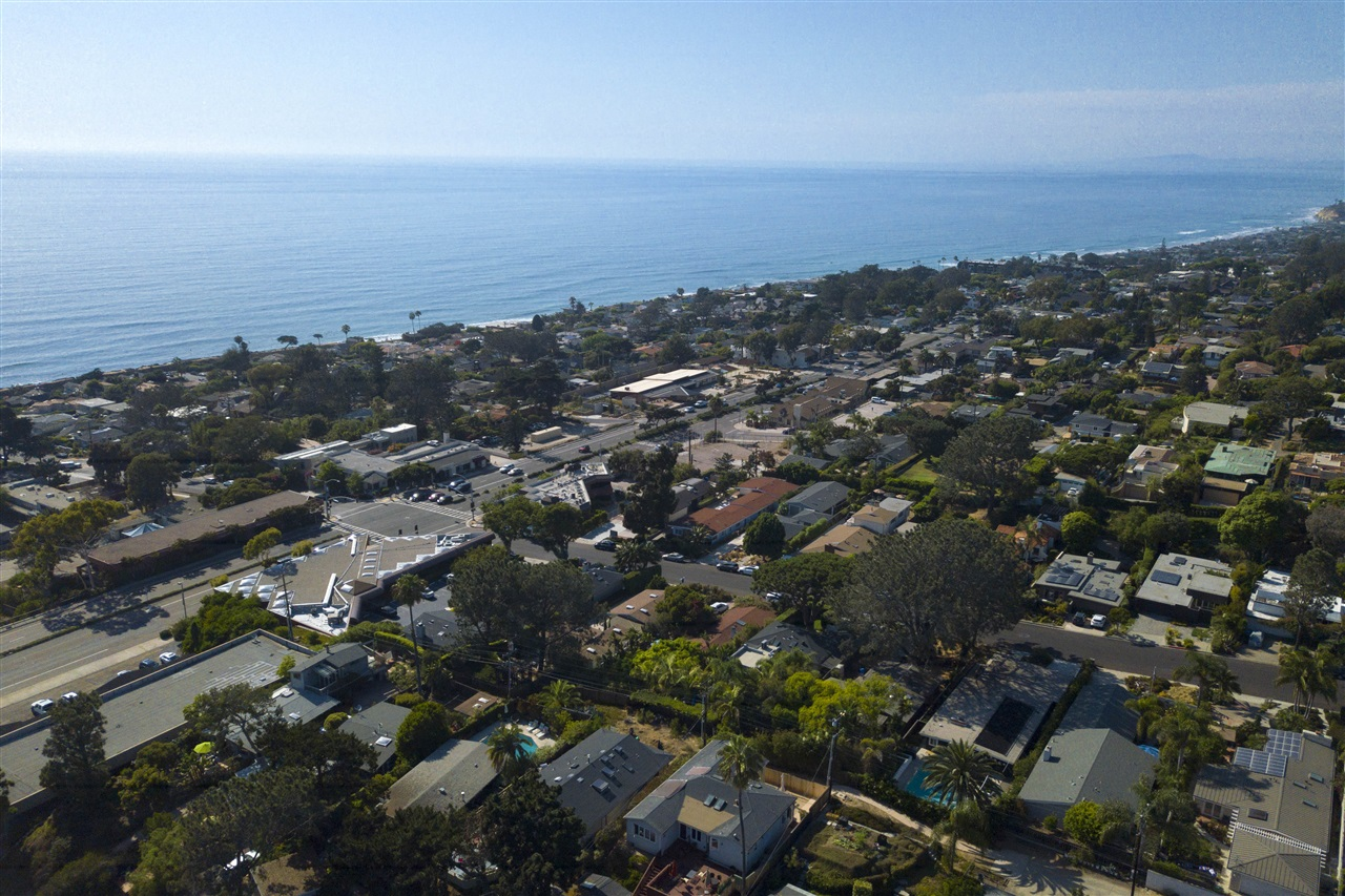 329/331 9th Street, Del Mar, CA 92014