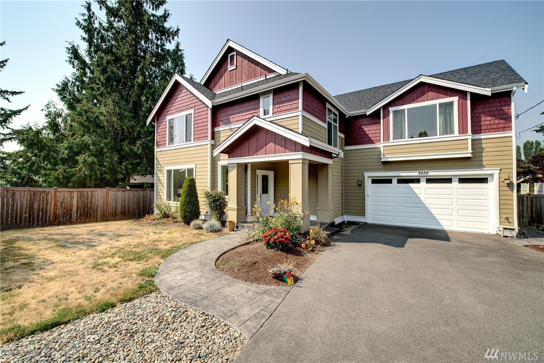 2636 SW 106th St, Seattle, WA 98146