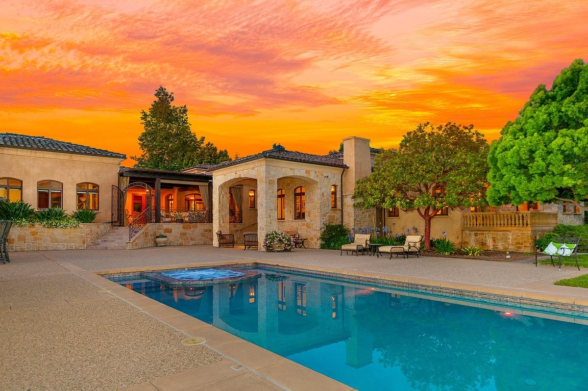 17222 Via Recanto, Rancho Santa Fe, CA 92067