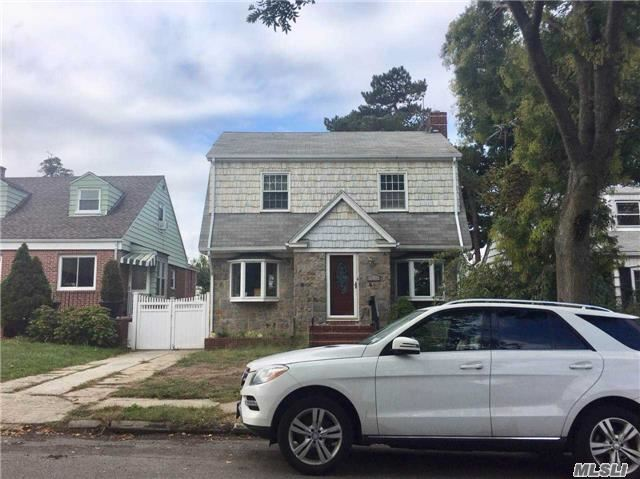Beautiful Newly Renovated 3 Brs And 3 Ba. Heigh Ceiling Large Living Room,Dining Room,Restroom. Full Finished Basement. Near Elementary School. And Q25,Q65. Park,Bank,Library....Near All.