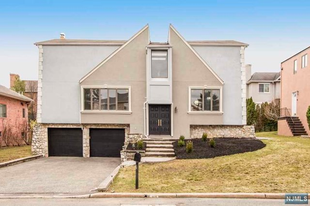 275 Alfred Avenue, Englewood Cliffs, NJ 07632