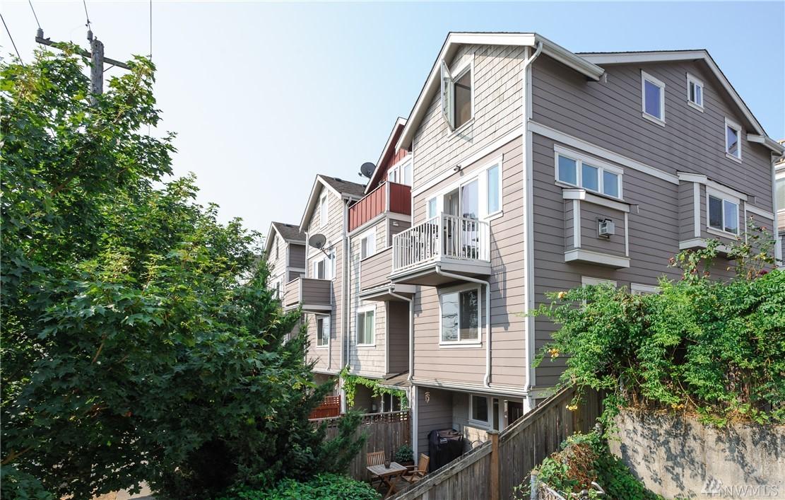3619 Albion Place N, Seattle, WA 98103