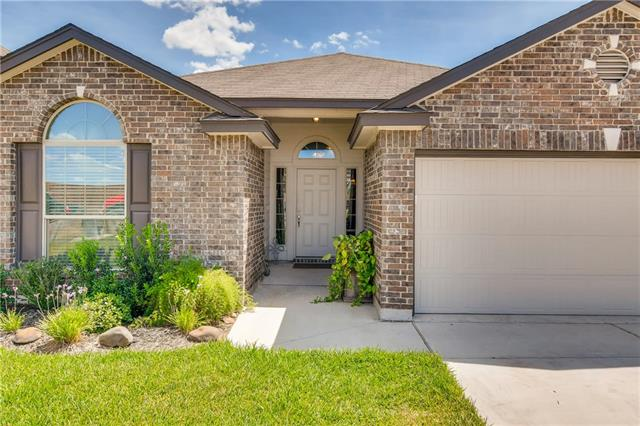 Better than new, this charmer is just what the doctor ordered. Less expensive than the new construction in the area, this home has an open floor plan with a great kitchen and very popular floor plan. Come and check it out you will not be disappointed.