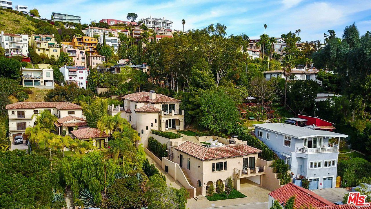 6401 IVARENE Avenue, Los Angeles (City), CA 90068