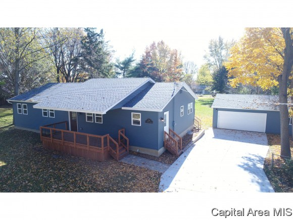 214 E SPRUCE ST, Chatham, IL 62629