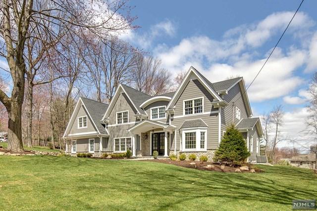 594 Whitenack Road, River Vale, NJ 07675