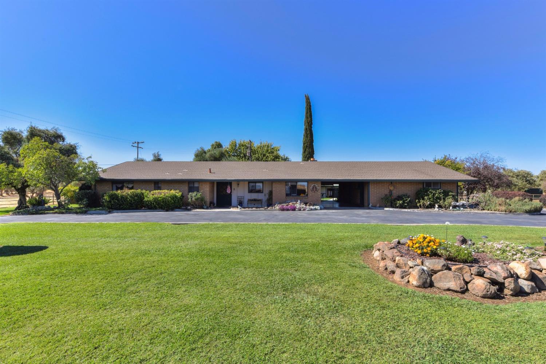 940 Brewer Road, Pleasant Grove, CA 95668