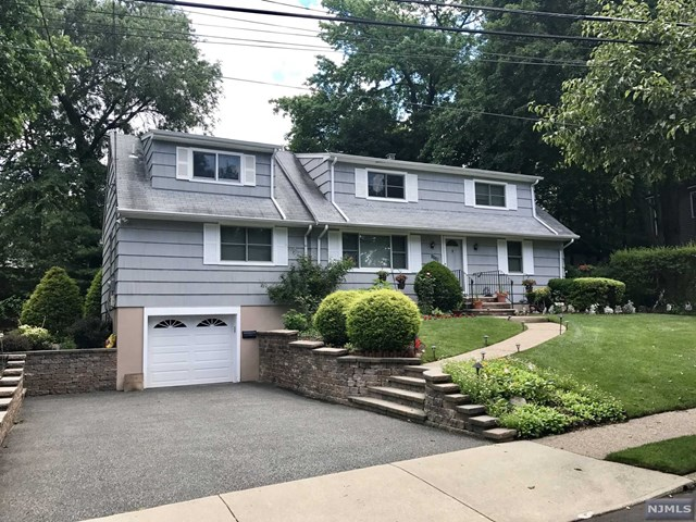 1135 Korfitsen Road, New Milford, NJ 07646