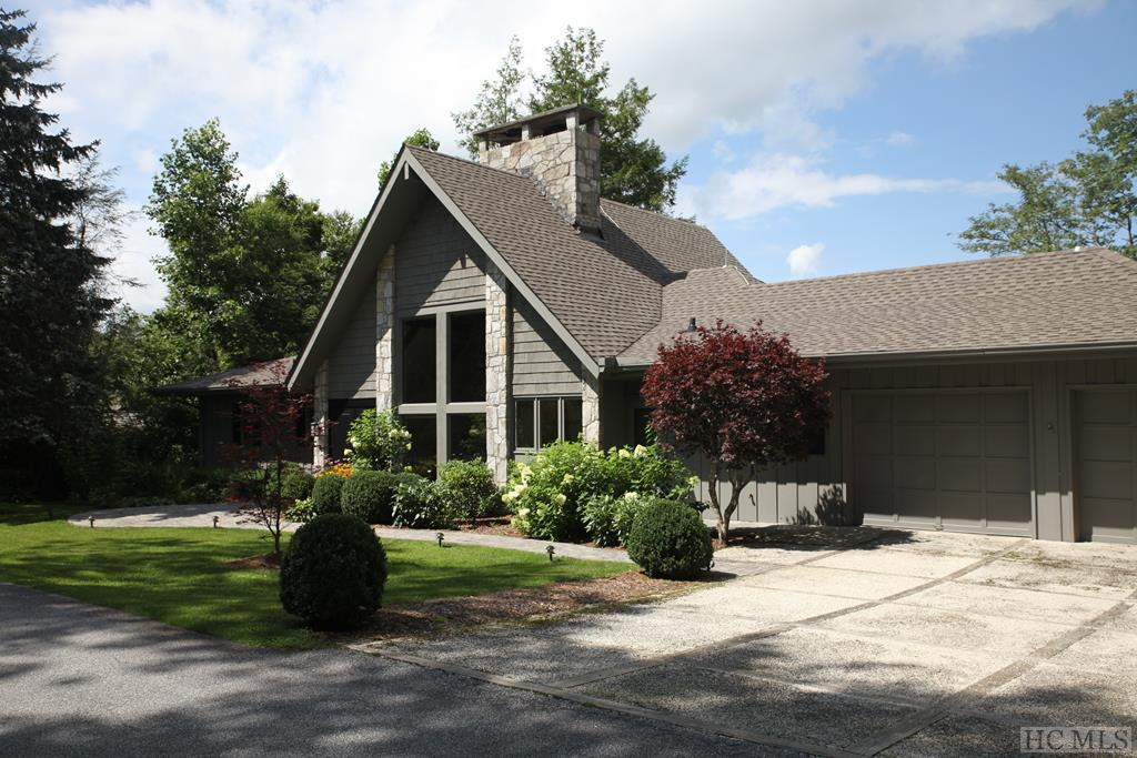 170 Mountain Ash Lane, Highlands, NC 28741