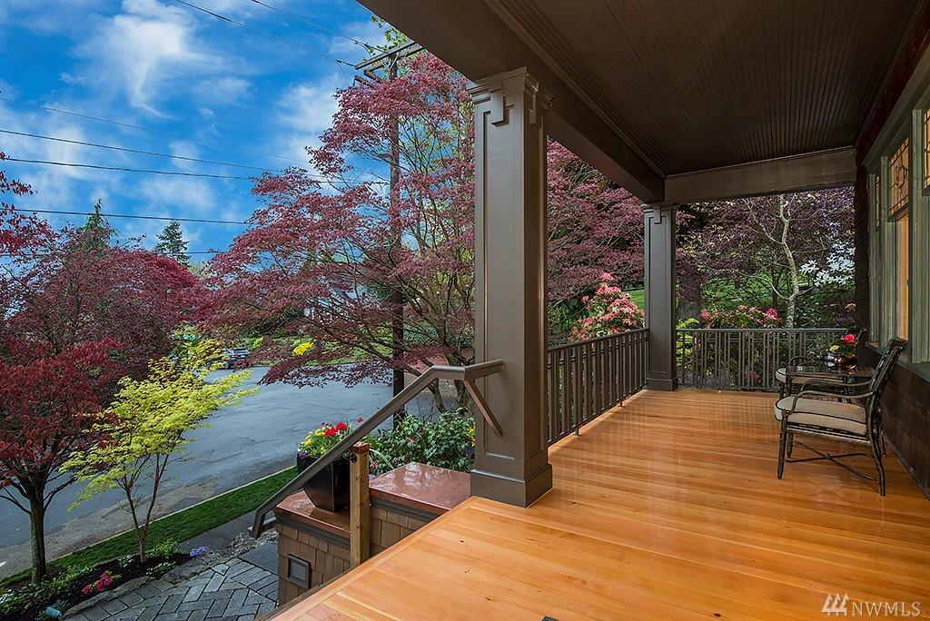1065 E Howe St, Seattle, WA 98102