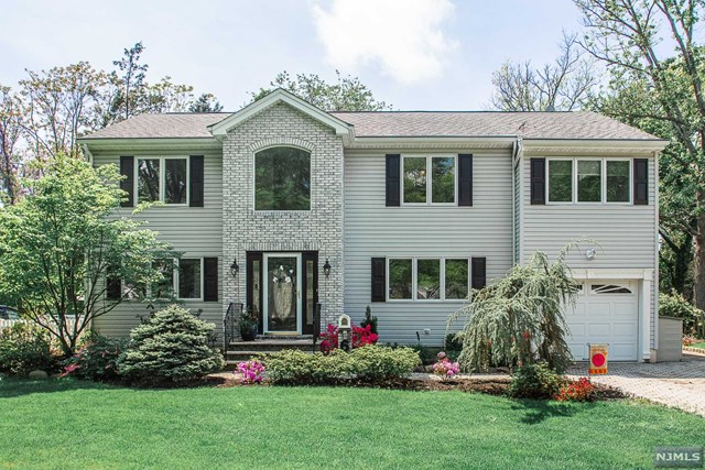 6 Nottingham Road, Glen Rock, NJ 07452