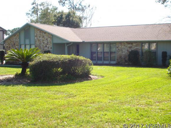 1074 Club House Blvd, New Smyrna Beach, FL 32168