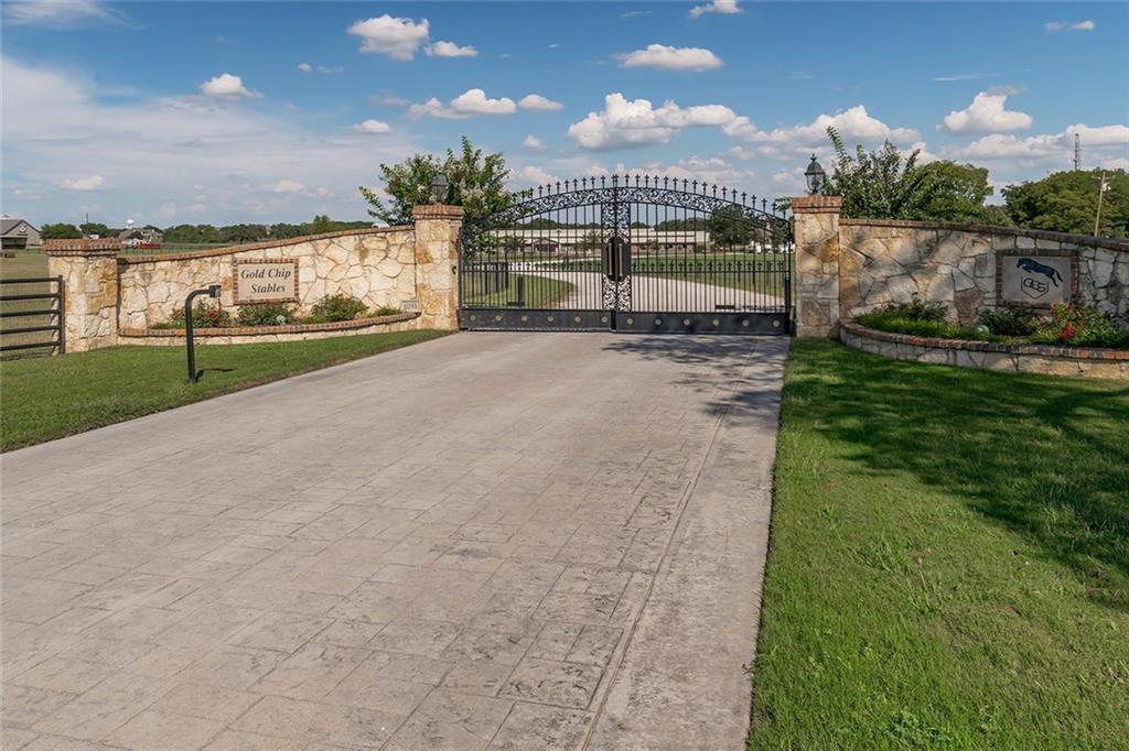 1051 Porter Road, Bartonville, TX 76226
