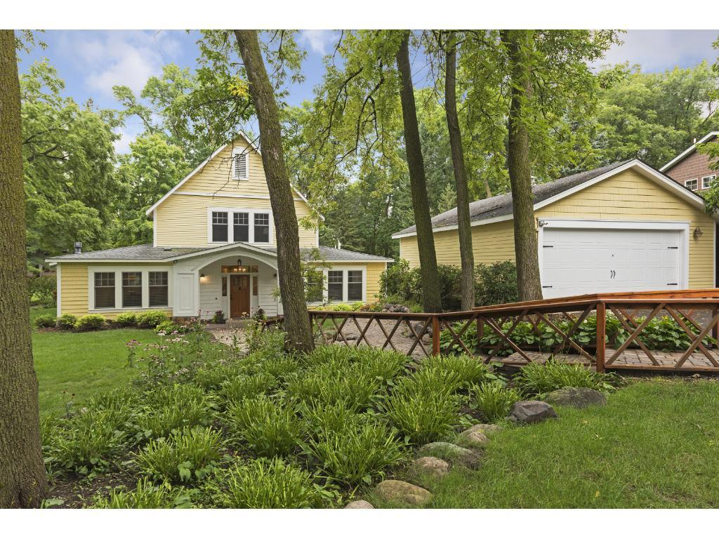 2051 Melody Hill Road, Chanhassen, MN 55331