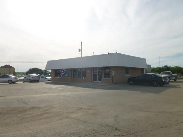 400 E Commerce Street, Brownwood, TX 76801
