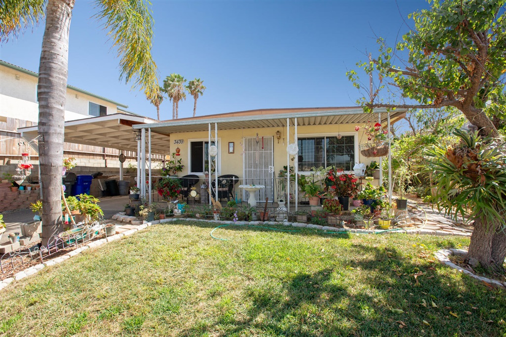 3439 Polley Dr, San Marcos, CA 92069