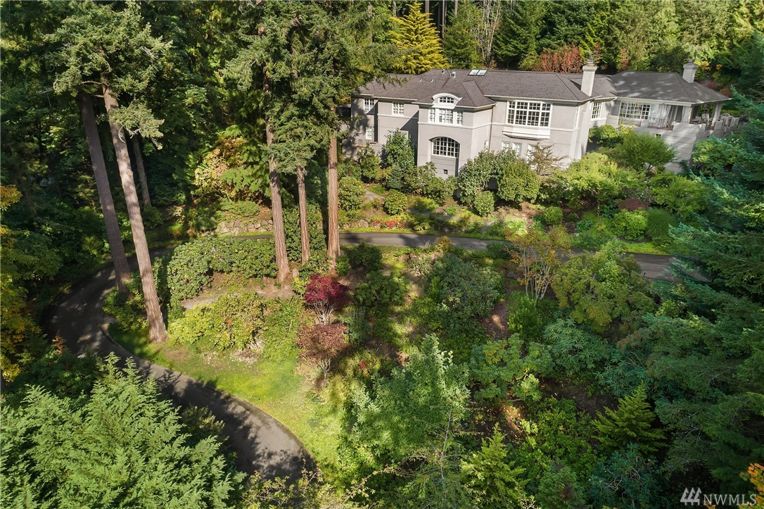 14 Olympic Dr NW, Shoreline, WA 98177