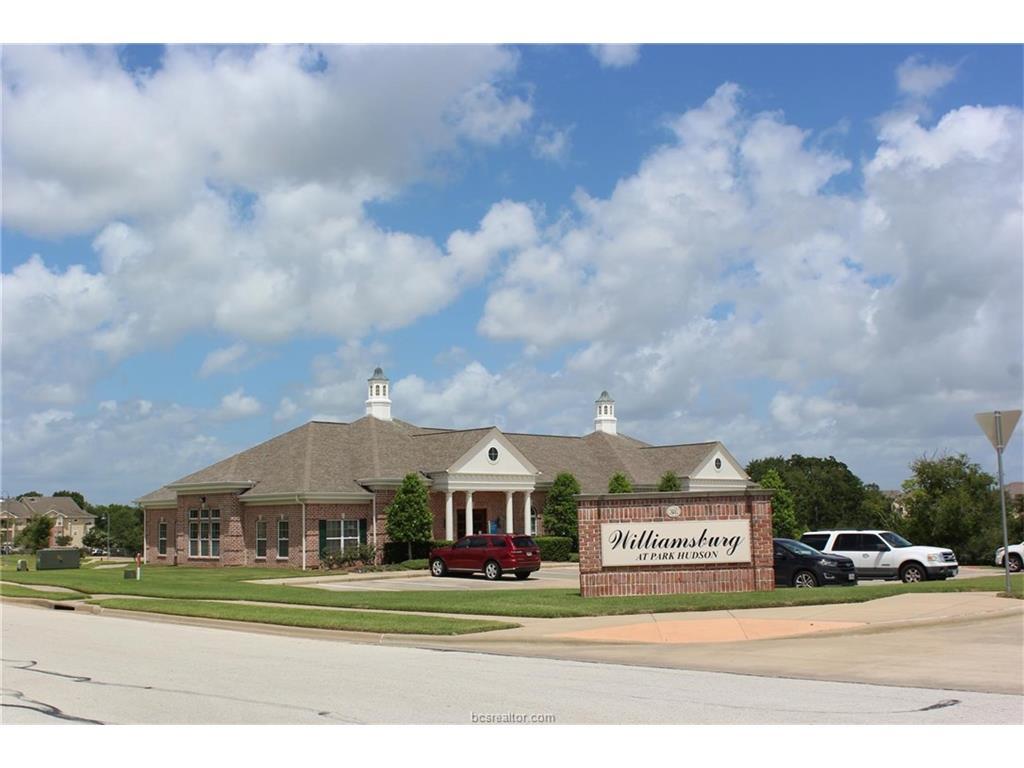 3841 Sagebriar Drive, Bryan, TX 77802