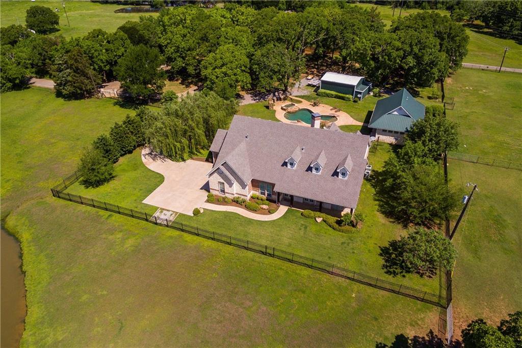 212 Oak Ridge Road, Denison, TX 75021