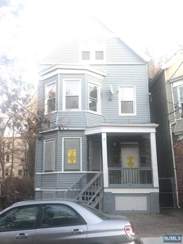 128 S 13th Street, Newark, NJ 07107