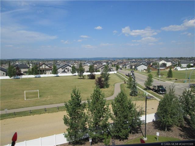 100 Lakeway Boulevard 425, Sylvan Lake, AB T4S 0A4