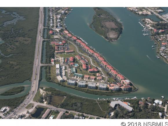 426 Bouchelle Dr 303, New Smyrna Beach, FL 32169