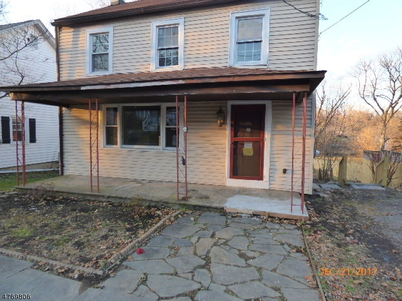 Colonial home with 2 BR and 1.5 bath, fireplace in living room, Kitchen with an island. Wide plank flooring through out. Sold AS IS, all inspections and CO are the responsibility of the buyer. First Look expires on January 30, 2018 only owner occupant offers will be considered during this time.